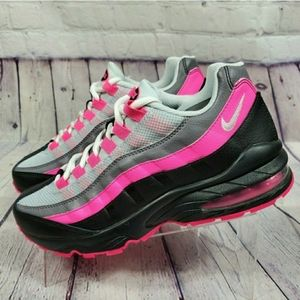 Nike Women's Size 8.5 Air Max 95 Pink Blast